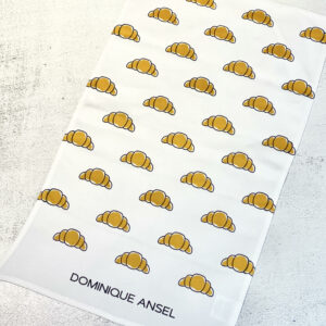 croissant towel2